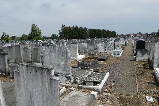 Streatham Cemetery - general view